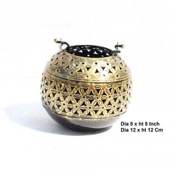 Iron Ball Handi T Light Antique Golden