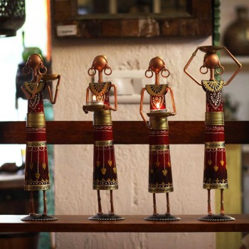 Tribal Working Lady - Red (Set of Four)