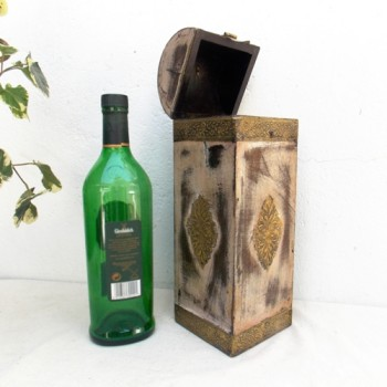 Polished Wine Bottle Case with Brass Art (Assorted Colour & Designs)